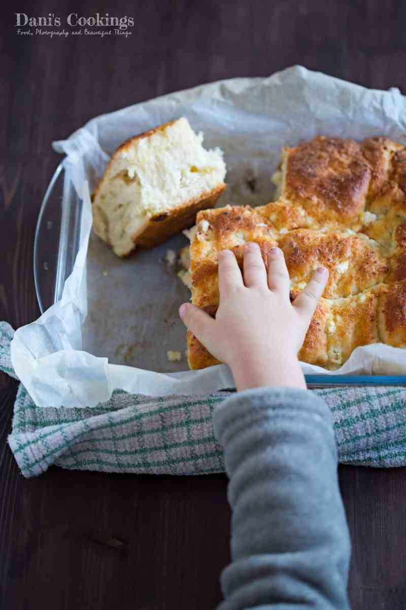 [:en]Easy Cheese Bread (Tutmanik)[:bg]Лесен тутманик[:]